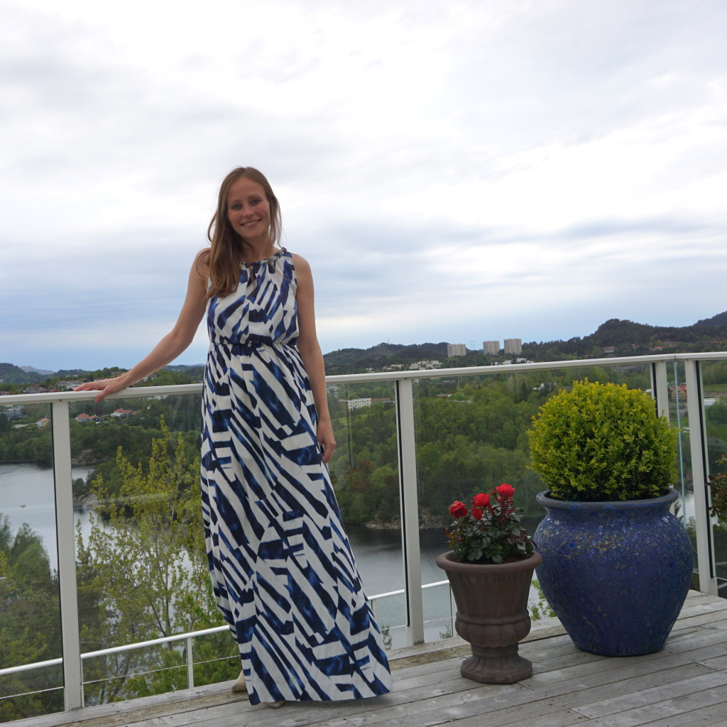 Kate and harriet maxi dress blue white